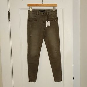 Zara Olive Moto Ankle Zip Distressed Skinny jeans